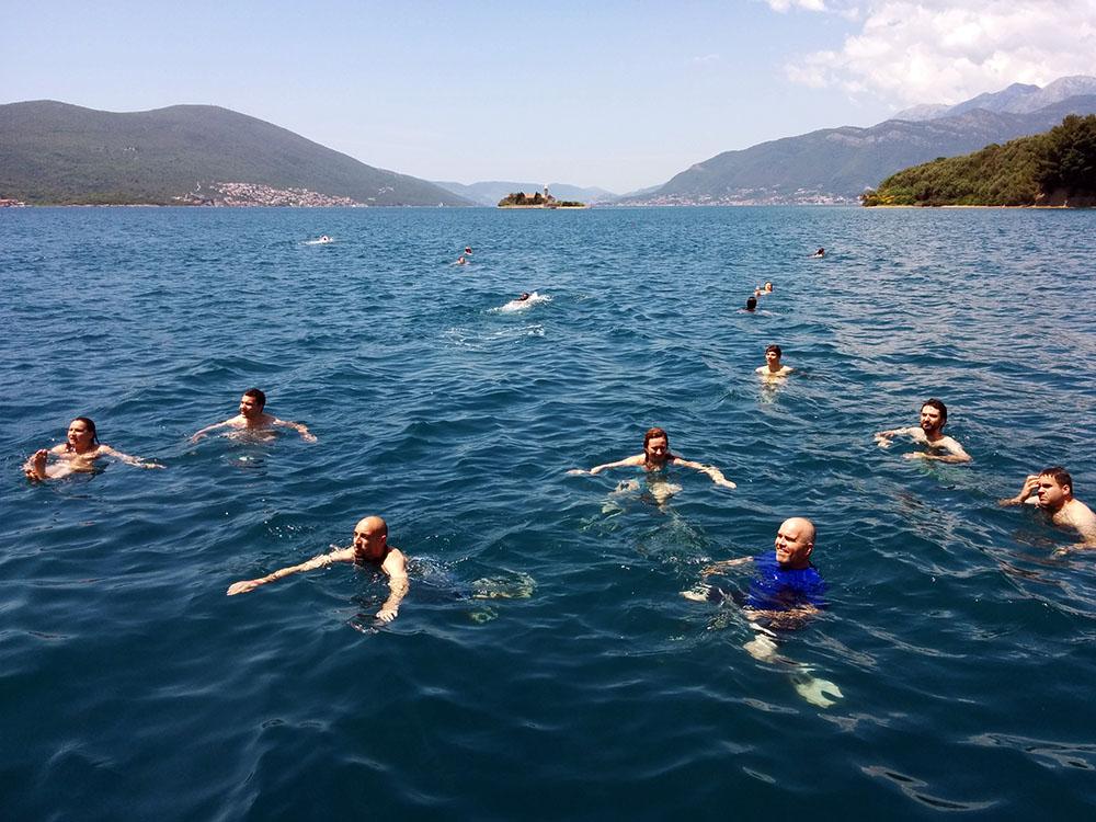 Kupanje u Bokokotorskom zaljevu