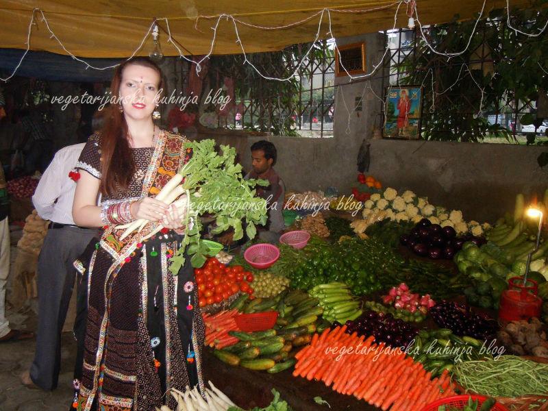 indija putovanje povrce vegetarijanstvo logo